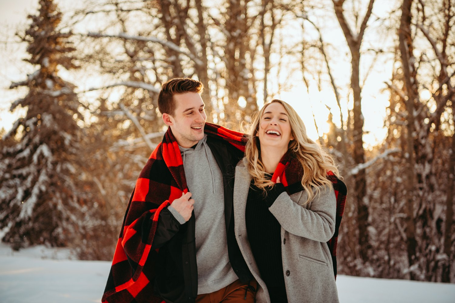 St. Albert Winter engagement, St. Albert couples session, Wintescape couples photos, wintry engagement photos
